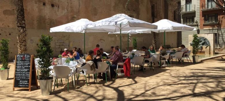 ¿Te vienes a cenar a nuestra terraza en Valencia?